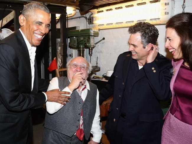 Obama xuat hien anh 6