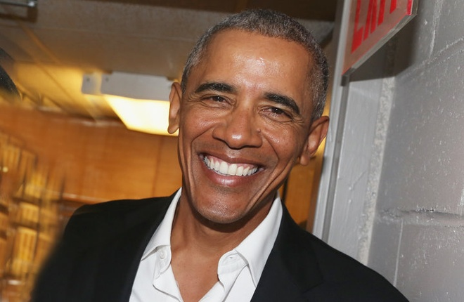 Ong Obama tro lai tran day suc song sau ky nghi hinh anh 7