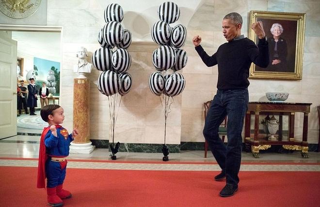 Phut doi thuong cua Obama trong 365 ngay cuoi tai Nha Trang hinh anh