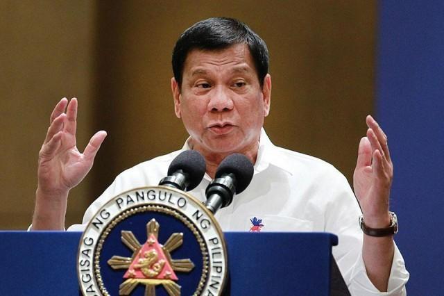 Duterte: Sao My khong dieu chien ham doi pho Trung Quoc? hinh anh
