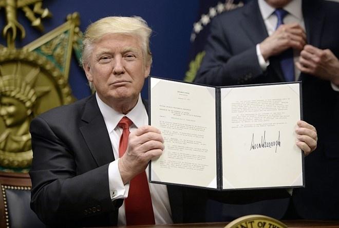 Chinh quyen Trump khang cao phan quyet chan lenh nhap cu moi hinh anh 1