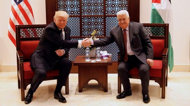 Tong thong Trump gap lanh dao Palestine, tim kiem hoa binh hinh anh