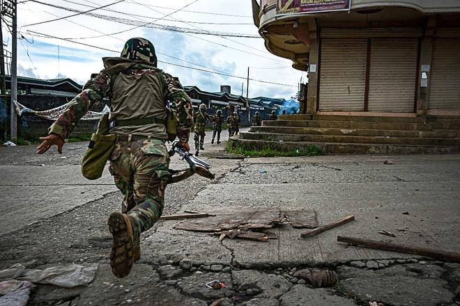 Philippines: Giao tranh IS du doi, dan giuong co trang hinh anh