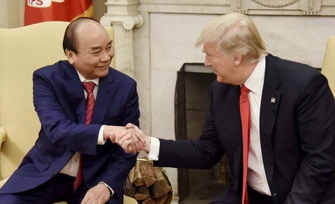 Thu tuong Nguyen Xuan Phuc hoi dam voi Tong thong Donald Trump hinh anh