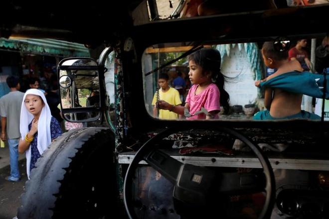 Phu nu o Marawi bi ep lam no le tinh duc cho phien quan hinh anh 1