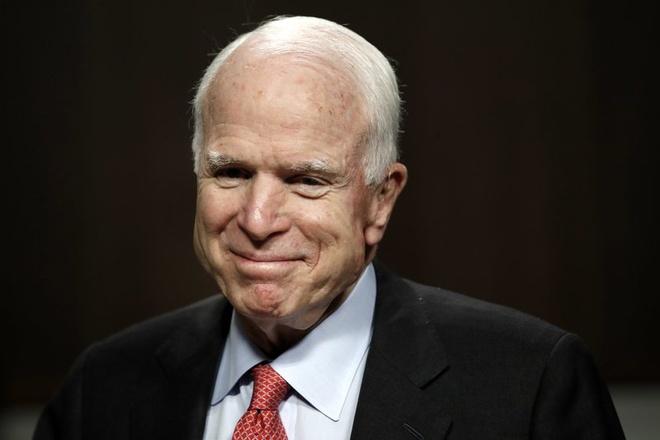 Bat chap ung thu nao, John McCain noi 'se som tro lai' hinh anh 1