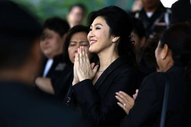 'Ba Yingluck bo xe va dien thoai de xoa dau vet' hinh anh 1