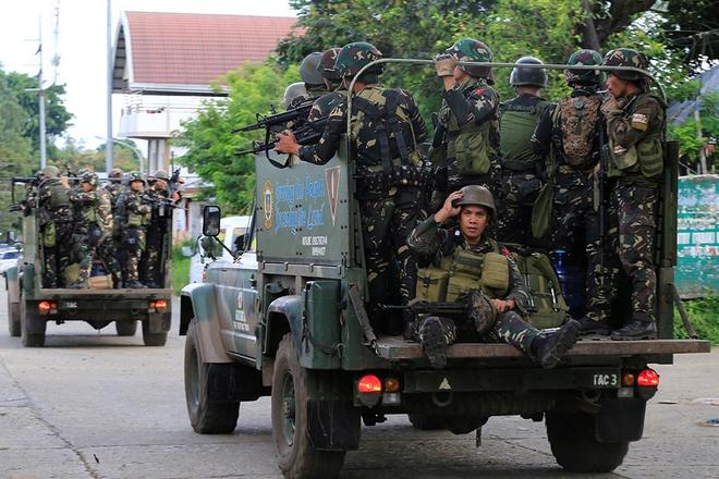 Quan doi Philippines giai phong Marawi anh 1