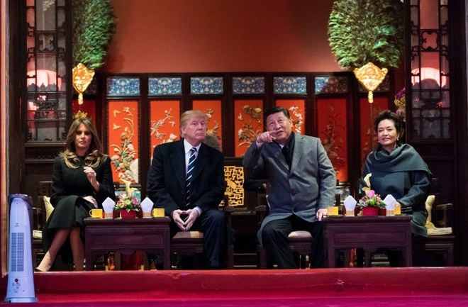 Cuoc gap Trump - Tap: Nhung dieu 'vo tien khoang hau' hinh anh 1