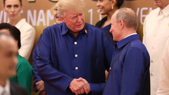 ong Trump tro chuyen chop nhoang voi ong Putin anh 1