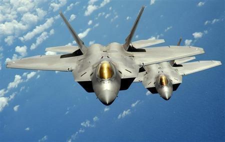 My - Han sap tap tran voi so luong ky luc tiem kich tang hinh F-22 hinh anh