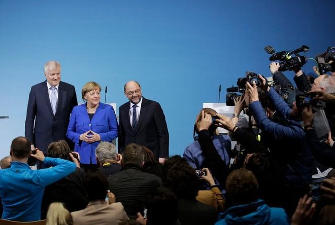 Ba Merkel dat dot pha trong viec thanh lap chinh phu hinh anh 1