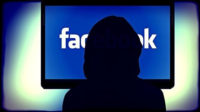 Hacker Viet ban xac tai khoan Facebook, kiem tien ty moi thang hinh anh