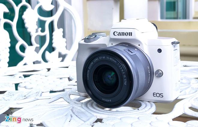 Canon ra mat mirrorless quay phim 4K, chip Digic 8, gia 20 trieu hinh anh 1