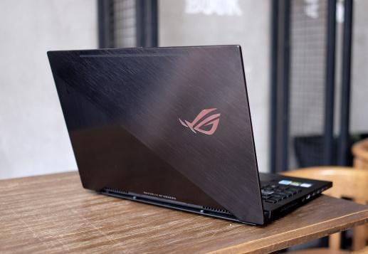 Chi tiet ROG Zephyrus: Laptop gaming chip Coffee Lake mong nhat hinh anh