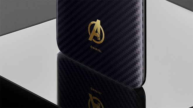 Anh OnePlus 6 phien ban Avengers op lung Ironman hinh anh 3