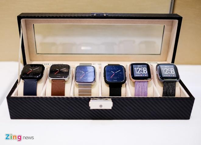 Fitbit Versa ra mat tai VN: Thoi trang, pin 4 ngay gia 5,5 trieu hinh anh 2