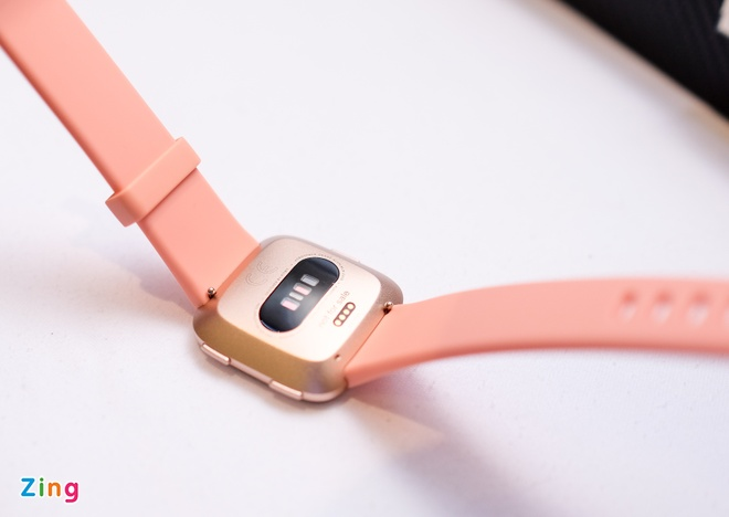 Fitbit Versa ra mat tai VN: Thoi trang, pin 4 ngay gia 5,5 trieu hinh anh 6