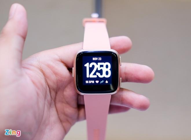 Fitbit Versa ra mat tai VN: Thoi trang, pin 4 ngay gia 5,5 trieu hinh anh 1