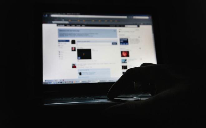 Vi sao Facebook nhieu nguoi noi tieng o VN bi hack? hinh anh