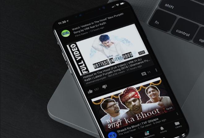 iPhone moi la thiet bi can Dark Mode hon MacBook hinh anh