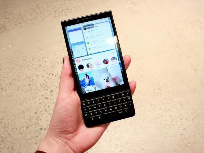 Ban phim vat ly co the giet chet Blackberry Key2 hinh anh 5