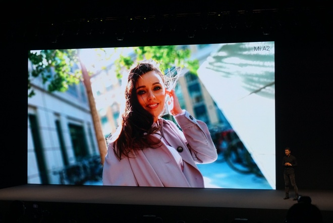 Xiaomi ra Mi A2 va A2 Lite - camera kep AI, cau hinh tot, Android One hinh anh 22