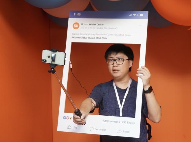 Xiaomi ra Mi A2 va A2 Lite - camera kep AI, cau hinh tot, Android One hinh anh 5