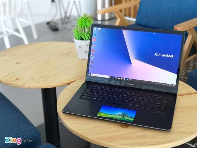 Zenbook Pro UX580 anh 13