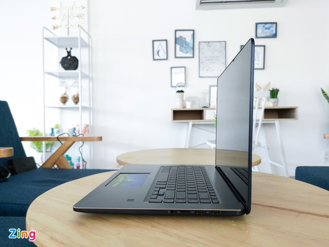 Zenbook Pro UX580 anh 3