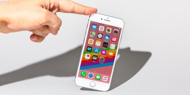 Kiem tra ngay iPhone 8 de duoc sua loi bo mach mien phi hinh anh