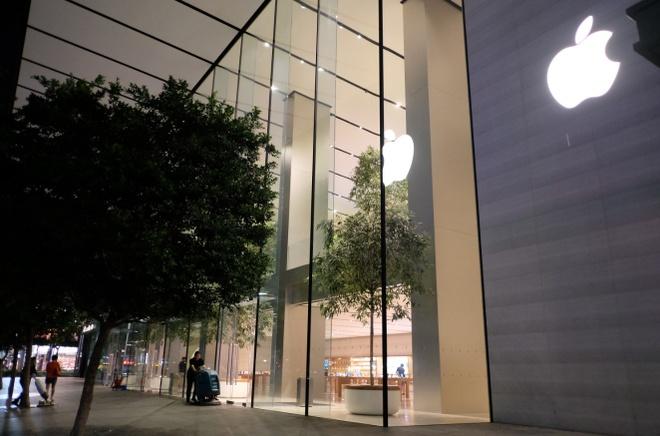 Xep hang som mua iPhone XS o Singapore, nguoi Viet bi giai tan hinh anh