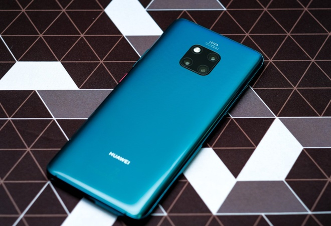 Huawei ra mat smartphone len den 7,2 inch hinh anh