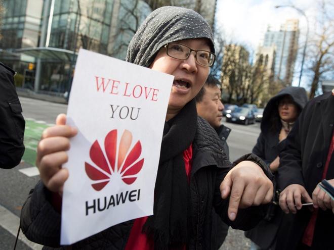 My bat 'cong chua' Huawei, Apple co the thanh bia do dan tai TQ hinh anh
