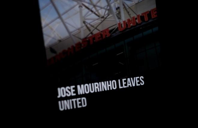 Website cua Manchester United sap sau tin Mourinho bi sa thai hinh anh