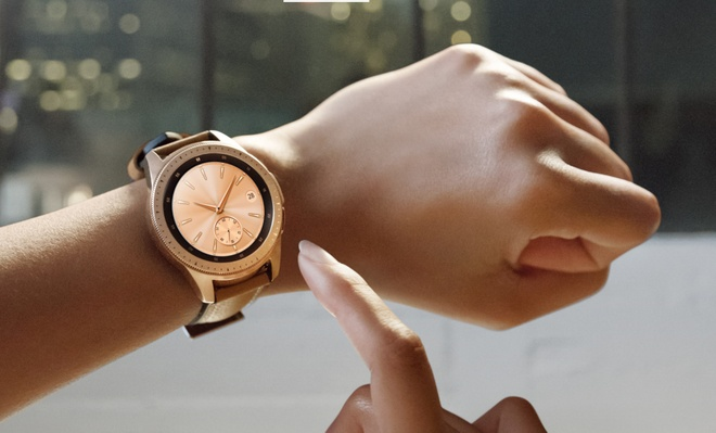 Samsung Galaxy Watch ve Viet Nam, gia tu 7 trieu dong hinh anh 1