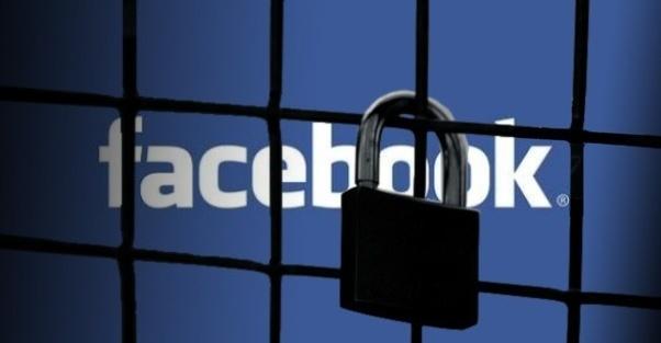 Facebook khoa tai khoan dung mail Yahoo? hinh anh