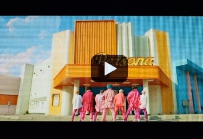 Fan BTS 'song chet' doi YouTube tra lai 10 trieu view hinh anh 3