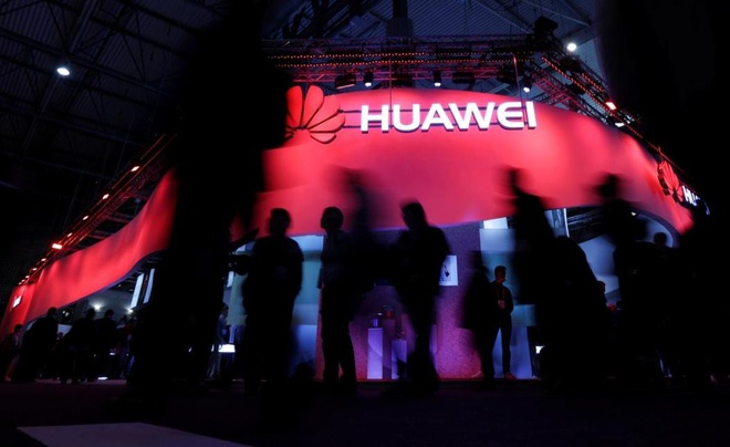 Google, Intel, Qualcomm dong loat tay chay Huawei hinh anh 1