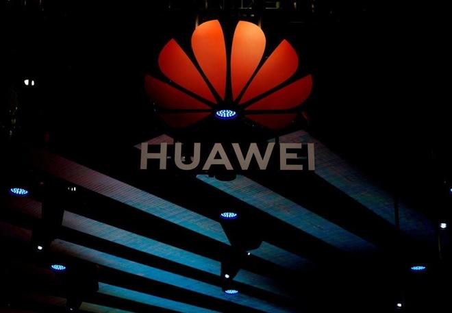 Huawei cat don hang, ngung mot so day chuyen san xuat smartphone hinh anh 1