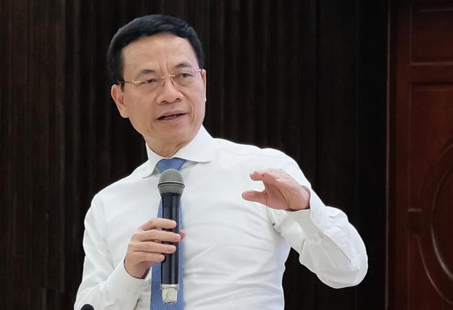 Bo truong TTTT: 'Viet Nam can co mang xa hoi rieng thay Facebook' hinh anh 2