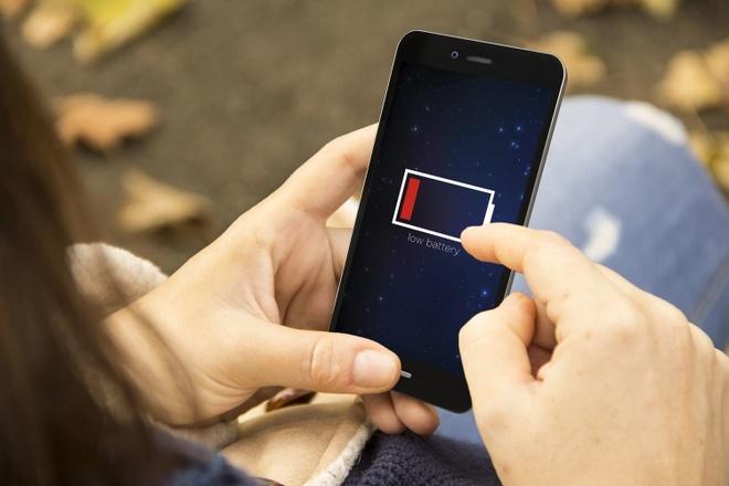 9 meo sac smartphone nhanh nhat co the khi khan cap hinh anh 3