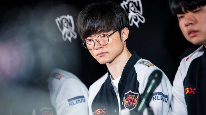 G2 the hien ban linh vo dich anh 2