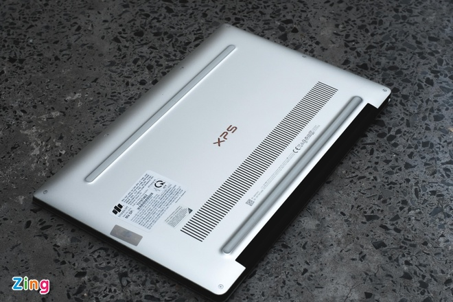Dell ra mat laptop dau tien dung chip Intel the he 10, gia tu 36 trieu hinh anh 5 dell_zing-4.JPG