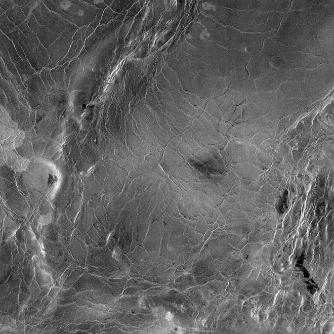 Sao Kim la sat thu tau khong gian hinh anh 3 photo_space_venus_4_PIA00245.jpg