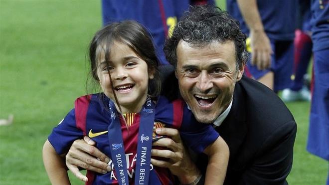 HLV Tây Ban Nha dành chiến thắng tri ân Luis Enrique