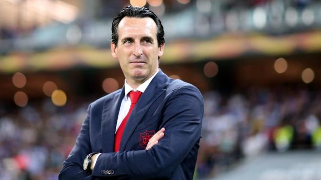 HLV Arsenal ke ve ban thang va danh hieu dau tien hinh anh