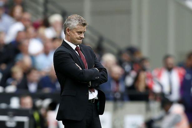 HLV Solskjaer phan bac chi trich cua Jose Mourinho hinh anh 1