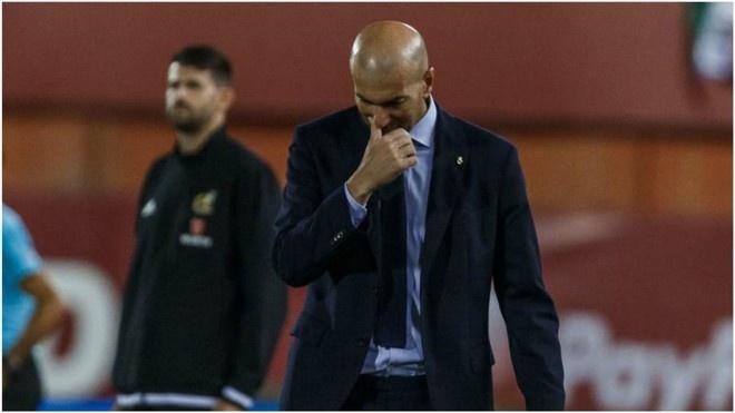 Zidane thua nhan hang cong Real choi qua te truoc Mallorca hinh anh 1