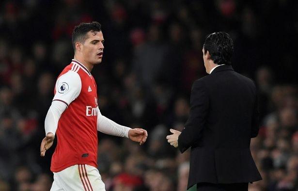 Arsenal se ban Xhaka trong thang 1/2020 hinh anh 1